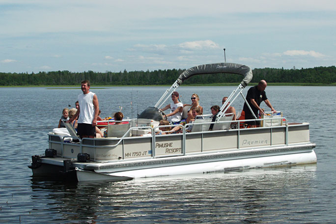 http://mnresortvacation.com/wp-content/uploads/2014/11/boat_2011_pontoon_.jpg