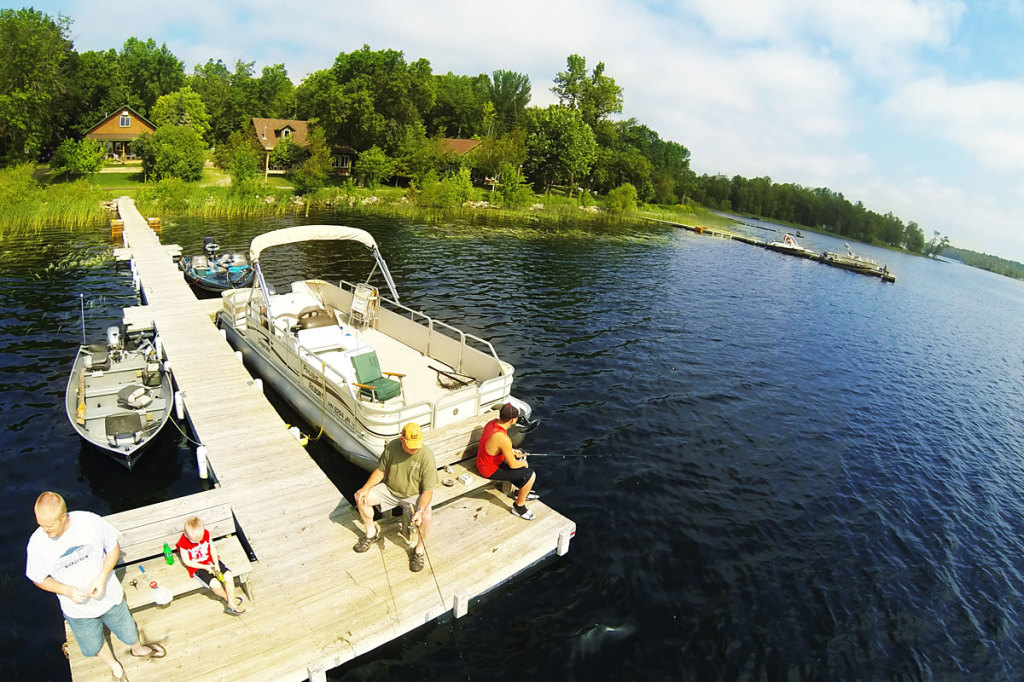Fishing on pimushe lake minnesota resort vacation for Minnesota fishing resorts
