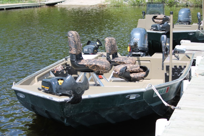 Deluxe Boats To Rent